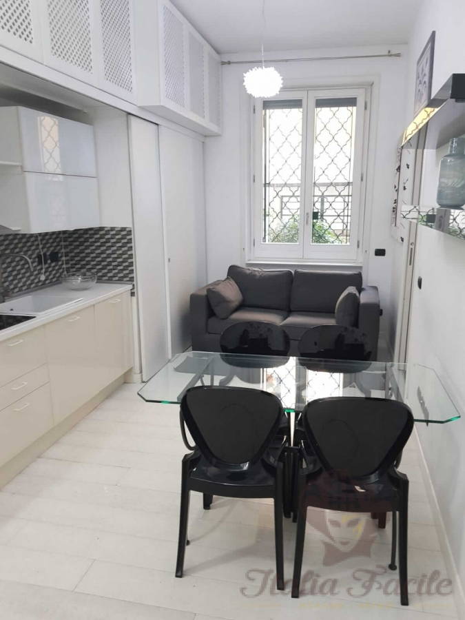 Two bedroom apartment in the heart of Milan
