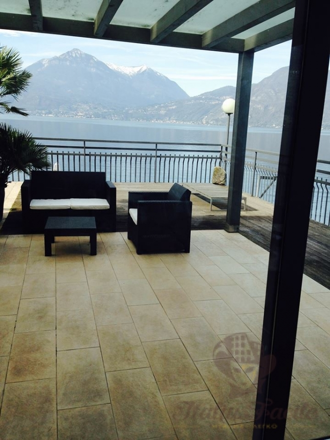 Monthly rental 3-room apartment on the shores of Lake Como