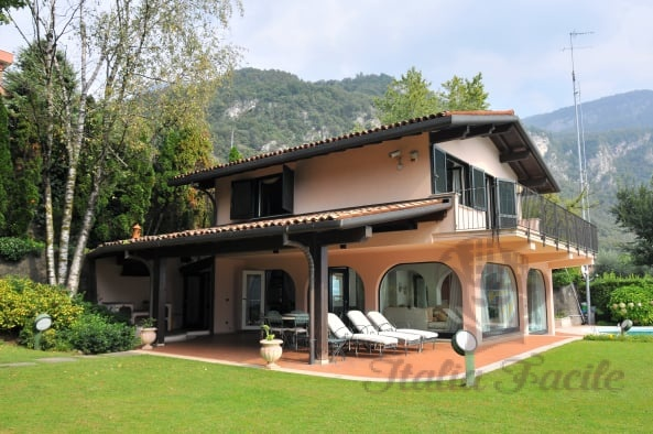 Villa on the shores of Lake Como...